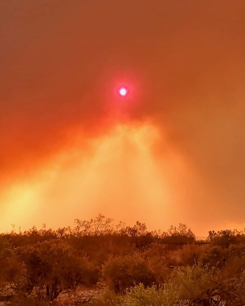 Pray for Califonria  Fires are only a couple blocks away from my area.. So many ...