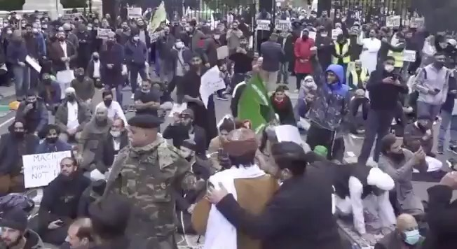 "DEVELOPING: Islamic protesters chant ""Allahu Akbar"" outside the French embassy i..."